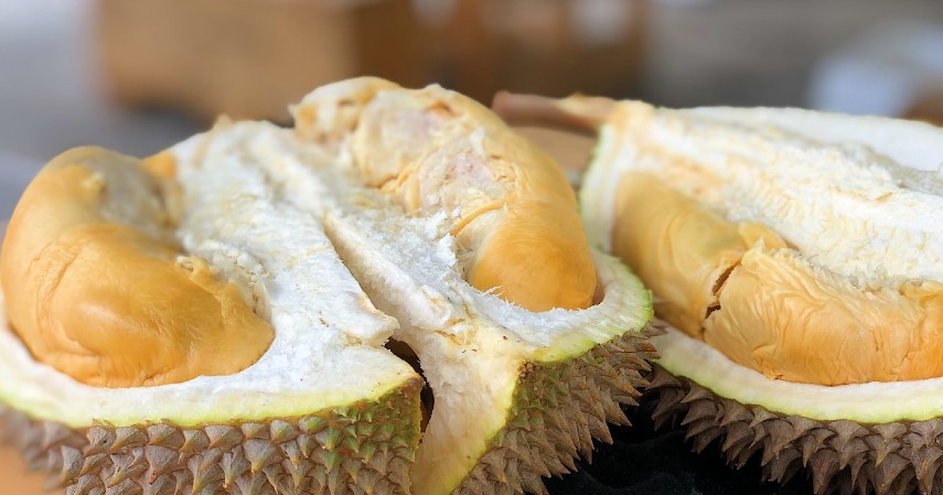 Cara-Menghilangkan-Tungau-Kasur-Aroma-kulit-durian