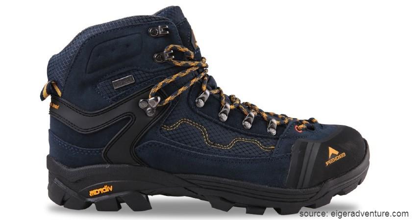 Eiger - Boots Pollock - 10 Merk Sepatu Hiking Terbaik