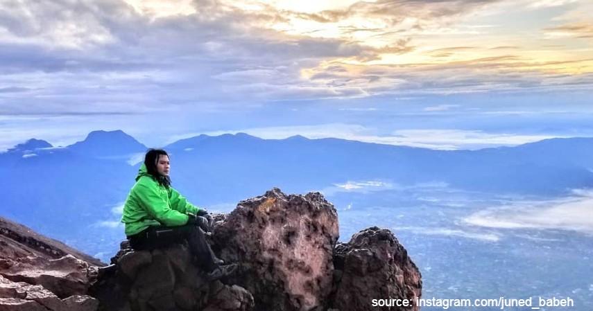 Gunung Kerinci - 10 Gunung Tertinggi di Indonesia