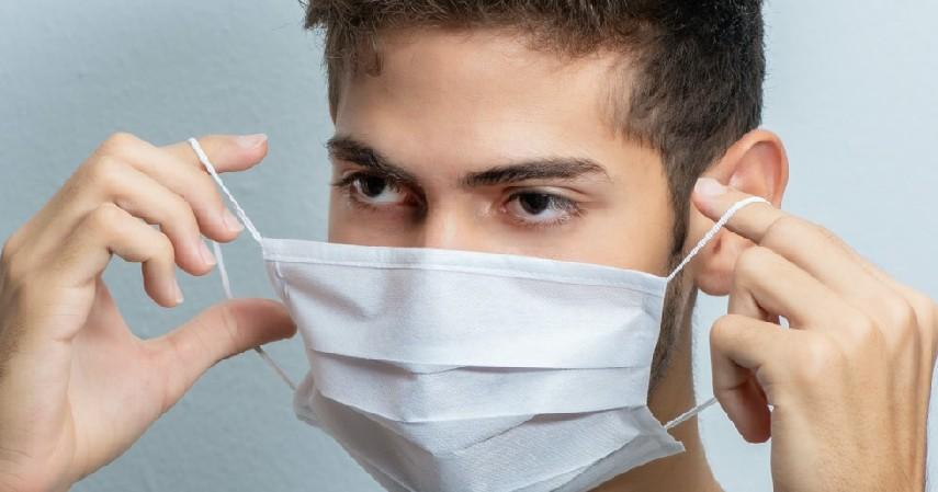 Jaga Kebersihan Wajah - 5 Cara Cegah Jerawat Saat Pakai Masker Paling Ampuh