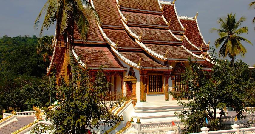 Laos - Perbandingan Harga BBM di Negara Asean Indonesia Masih Mahal