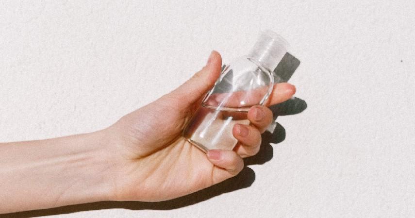Manfaat - 5 Perbedaan Hand Sanitizer dan Disinfektan Jangan Keliru