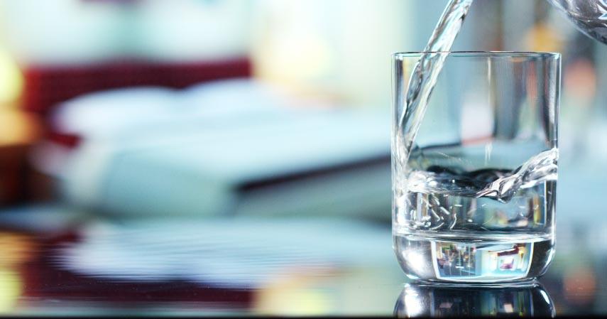 Manfaat-Minum-Air-Putih-2-Liter-Sehari