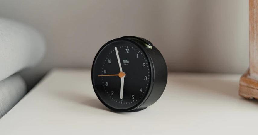 Mengatur Alarm tips bangun pagi