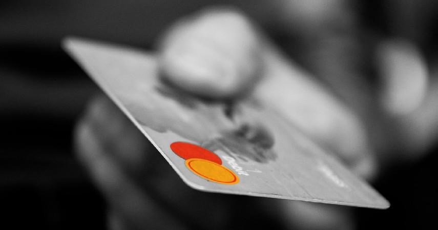 Mengetahui Risiko Penggunaan Kartu Kredit - 6 Tips Bangun Bisnis dengan Modal Kartu Kredit Citibank Cash Back