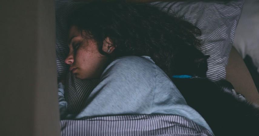 Pembuangan Racun Tubuh Lebih Maksimal - 11 Manfaat Tidur 8 Jam Sehari untuk Kesehatan dan Kecantikan