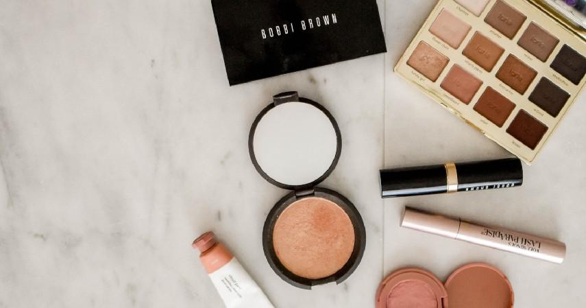 Pro-Kontra Makeup Bagi Anak - Bahaya Makeup Bagi Anak
