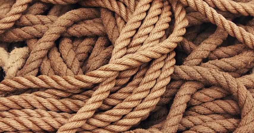 Tali atau karet gelang - Cara Membuat Motif Tye Dye beserta Peluang Usaha