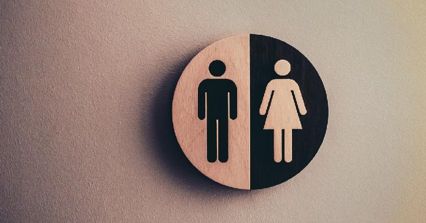 Toilet Umum - 8 Lokasi Paling Berisiko Tularkan Covid-19