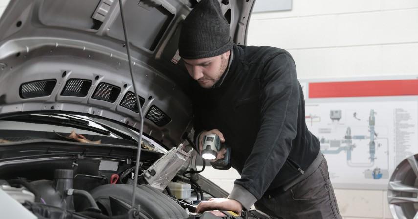 Tune Up - Perbedaan Service Berkala dan Tune Up Mobil Beserta Biayanya