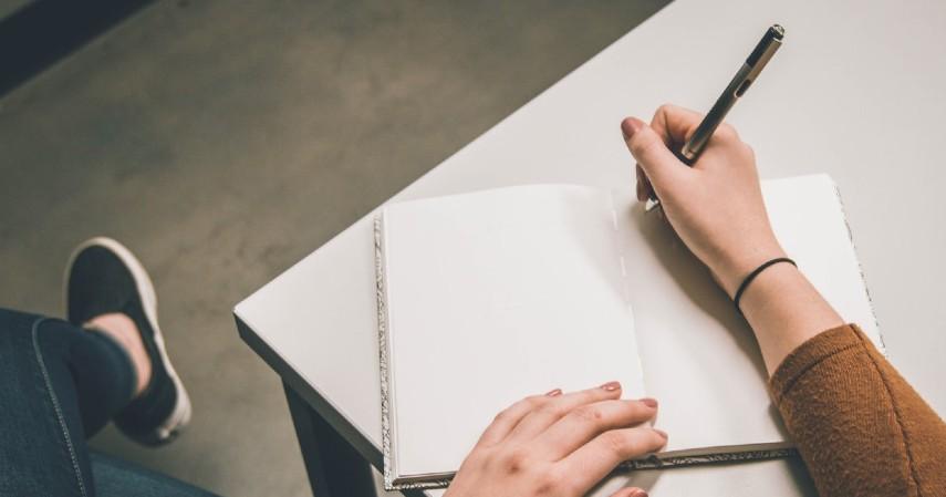 Cara Menjadi Blogger yang Sukses - Pilih Topik Menarik