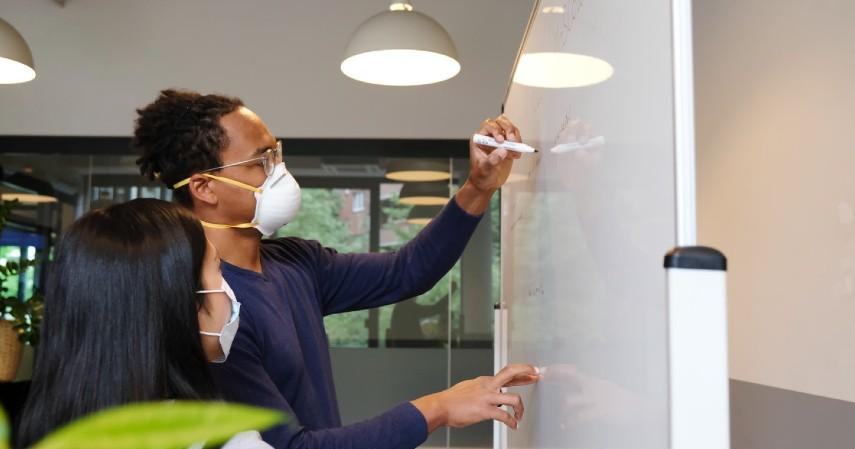 Cara Menjadi Blogger yang Sukses - Sisihkan Waktu untuk Brainstorming