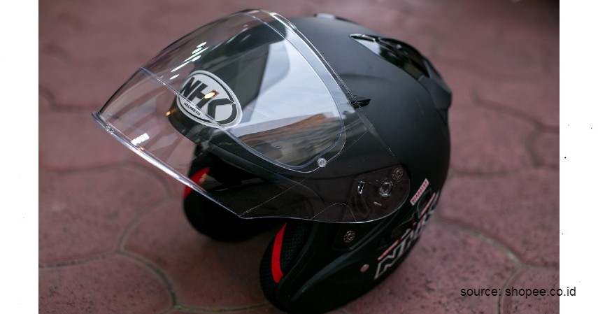 Helm NHK R1 Pinlock - 6 Helm Half Face Terbaik untuk Wanita