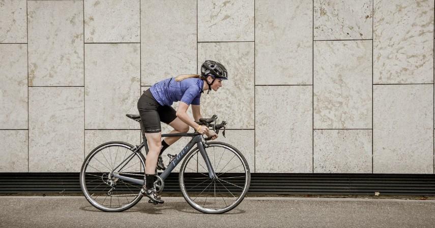 Manfaat Bersepeda untuk Kesehatan Mental - Melatih konsentrasi