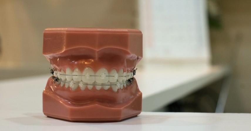 Manfaat Sereh Bagi Kesehatan - Mengatasi Gigi Berlubang