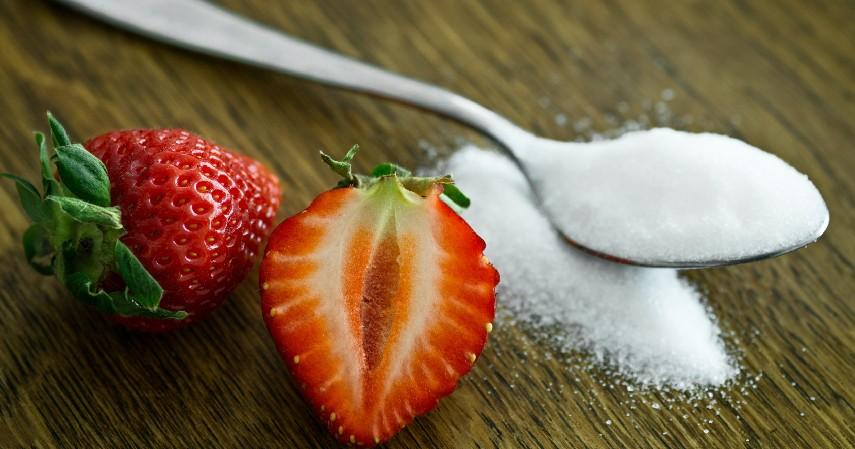 Mengurangi Kadar Gula dalam Darah - 8 Manfaat Berendam Air Panas Beserta Efek Sampingnya