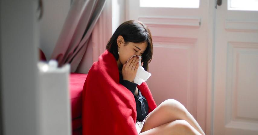 Meredakan Sakit Kepala dan Flu - 8 Manfaat Berendam Air Panas Beserta Efek Sampingnya