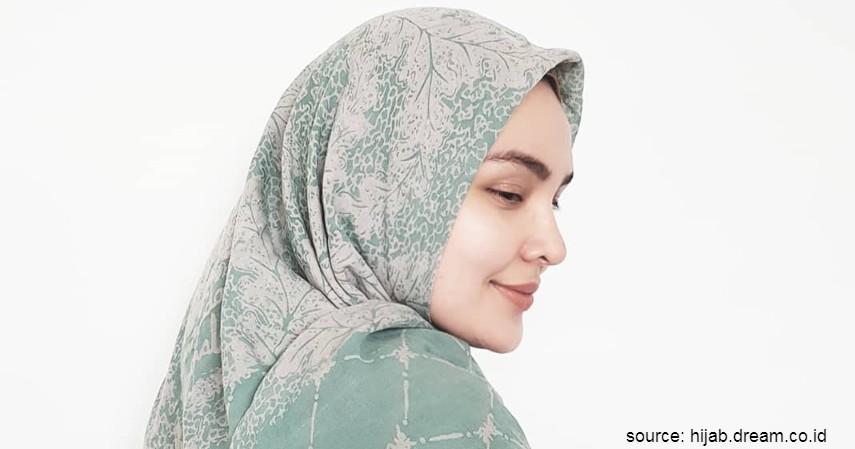 Merk Hijab Lokal Terbaik - Ria Miranda