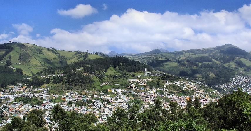 Quito Ekuador - Daftar Kota dengan Letak Tertinggi di Dunia