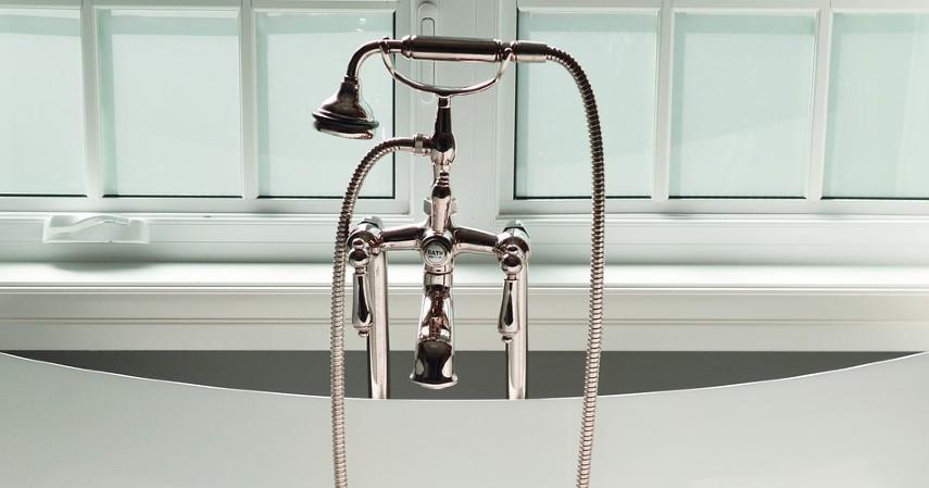 Tips Menghemat Air di Rumah - Tips Menghemat Air di Rumah dengan Mengurangi Waktu Mandi