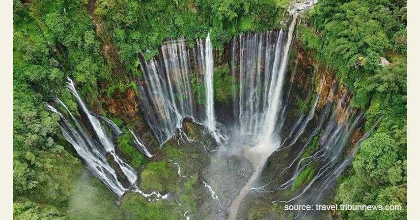 Air Terjun Tumpak Sewu - 13 Air Terjun Tertinggi di Indonesia, Ada yang Capai 250 Meter!.jpg
