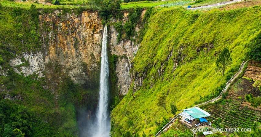 Air Terjun Sipiso-piso - 13 Air Terjun Tertinggi di Indonesia, Ada yang Capai 250 Meter!.jpg
