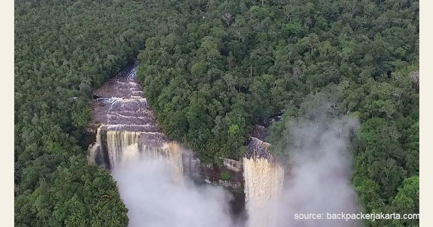 Air Terjun Nokan Nayan - 13 Air Terjun Tertinggi di Indonesia, Ada yang Capai 250 Meter!.jpg