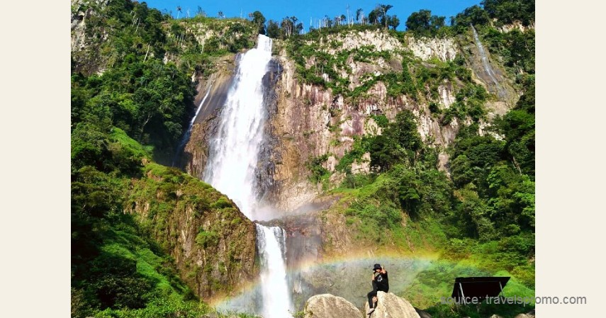 Air Terjun Ponot - 13 Air Terjun Tertinggi di Indonesia, Ada yang Capai 250 Meter!.jpg