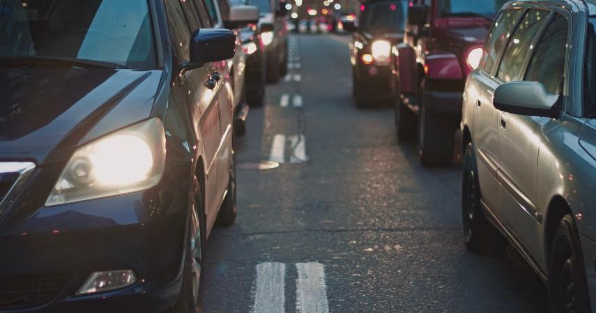Aturan Berkendara saat PSBB Transisi di Jakarta - Ganjil genap kendaraan roda empat belum berlaku