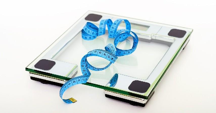 Berat Badan Ideal - 10 Manfaat Makan Timun untuk Kesehatan