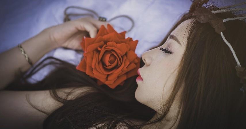 Beristirahat - 7 Cara Mengatasi Stres pada Ibu Hamil yang Tepat