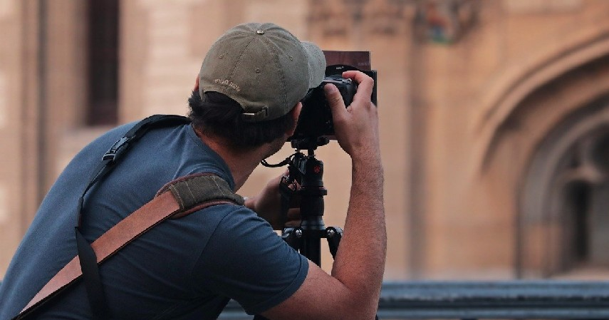 Fotografi - 8 Jurusan Kuliah yang Bisa Bekerja di Stasiun TV