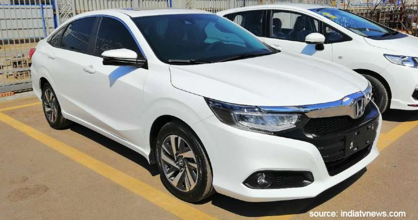 Honda City Sunroof Edition - 7 Daftar Mobil Sunroof Murah di Bawah Rp500 Juta