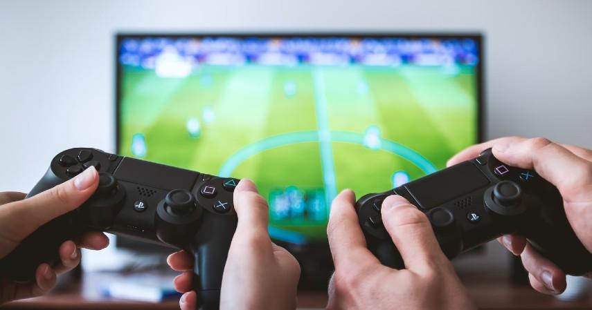 Jenis Kegiatan untuk Melatih Otak - Bermain video game