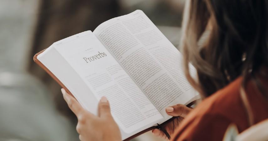 Jenis Kegiatan untuk Melatih Otak - Membaca