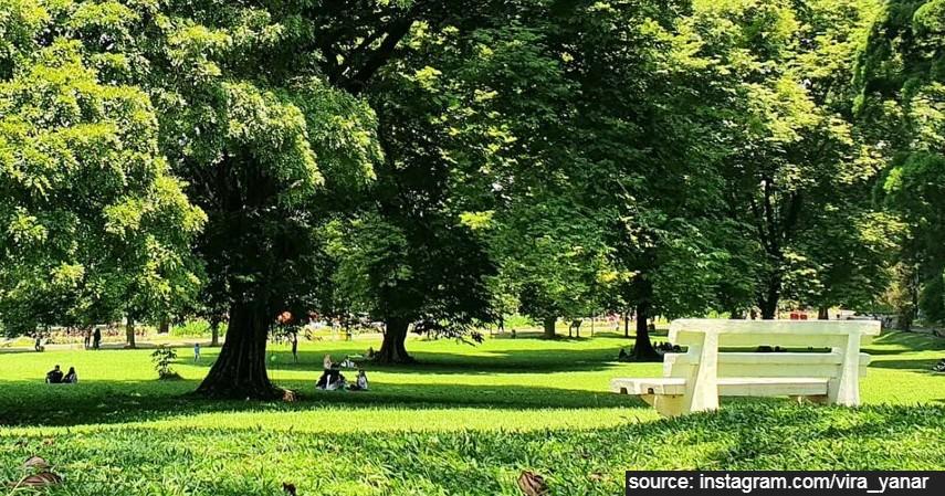 Kebun Raya Bogor - 5 Lokasi Piknik di Bogor yang Damai dan Asri