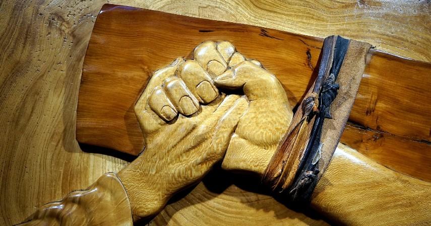 Kerajinan Indonesia yang Laku di Luar Negeri - Kerajinan kayu