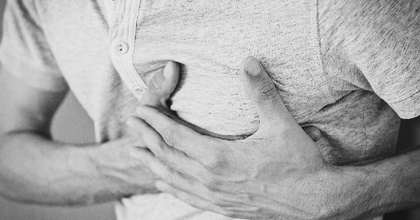 Kesehatan Jantung - 10 Manfaat Makan Timun untuk Kesehatan