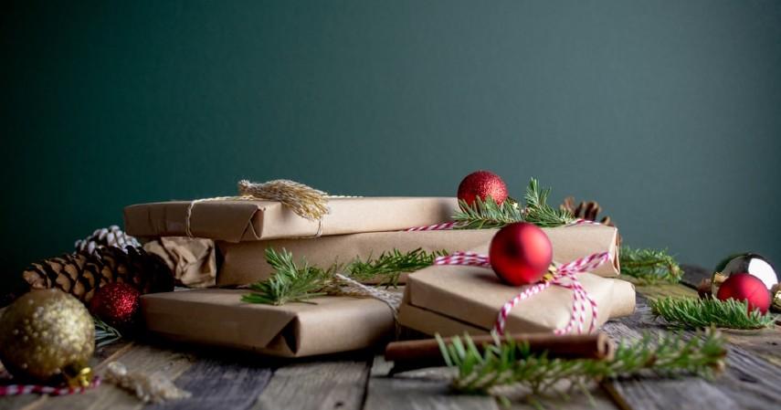 Pinjaman JULO untuk Bisnis Aksesoris Natal - EO Dekorasi Natal