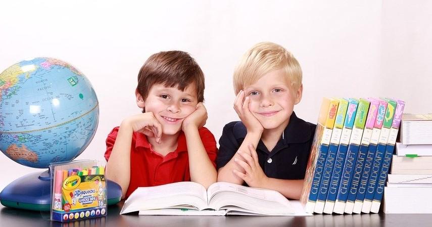 Produk Finansial yang Harus Dimiliki Seorang Ayah - Tabungan Pendidikan