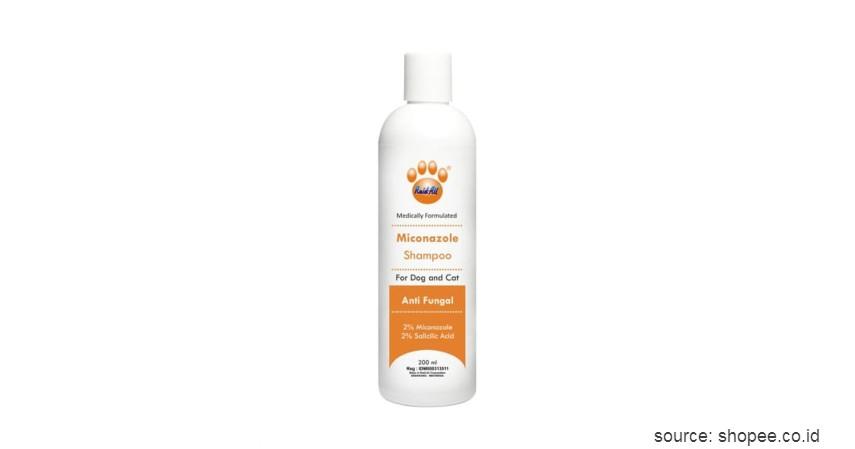 Raid All Miconazole Shampoo - 8 Rekomendasi Shampo Terbaik untuk Anjing Beserta Tips Memilihnya