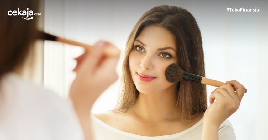 Rekomendasi Make Up untuk Kulit Sensitif, Mulai dari Primer hingga Blush On