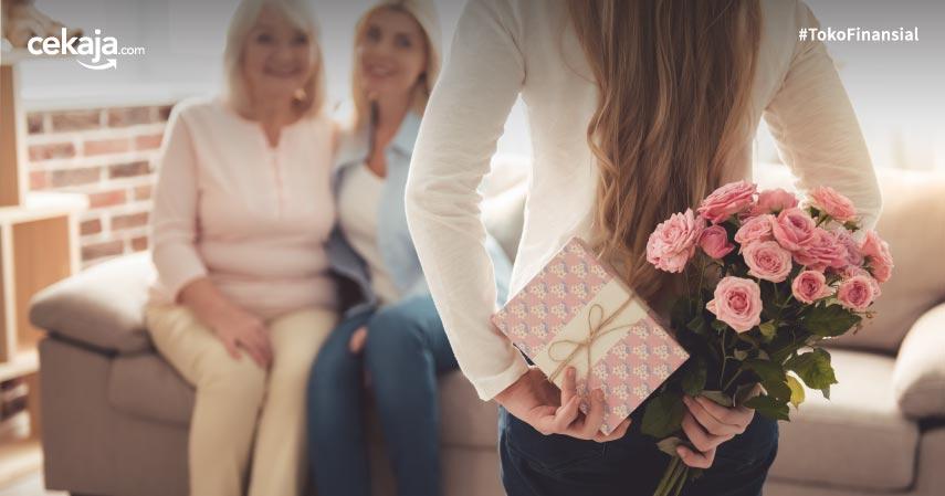 9 Ide Hadiah Terbaik Untuk Hari Ibu yang Sederhana Namun Berkesan