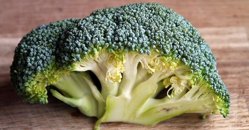 Brokoli - Makanan yang Baik Dikonsumsi untuk Penderita Aids