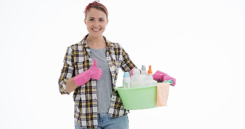 Cleaning Service Kosan - 5 Bisnis Unik Mahasiswa