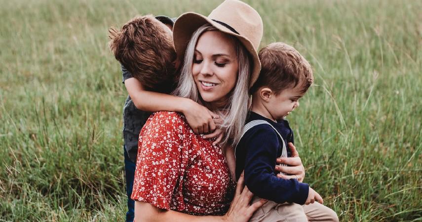 Cukup Pergi Bersama Pasangan atau Keluarga - 7 Tips Liburan Akhir Tahun di Masa Pandemi