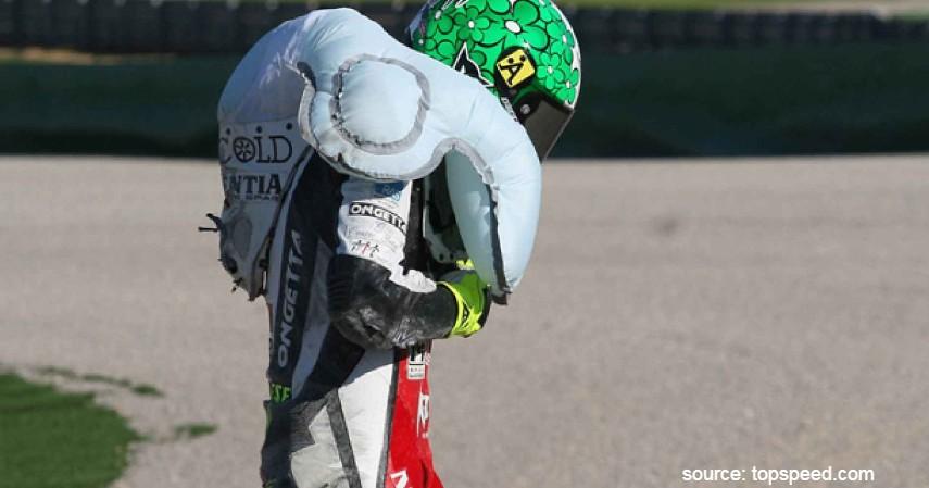 Fakta Unik Baju Balap MotoGP - Airbag dengan Reaksi Cepat