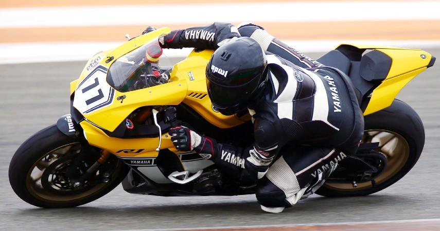 Fakta Unik Baju Balap MotoGP - Bahan Kulit Melindungi 10 Kali Lebih Kuat