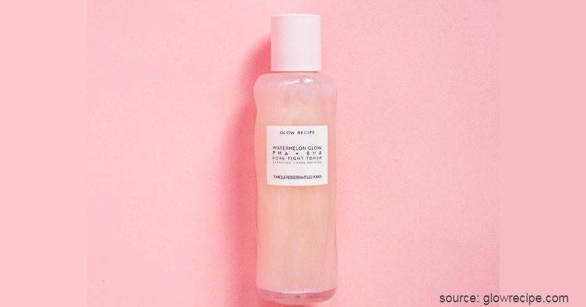 Glow Recipe Watermelon Glow PHA + BHA Pore Tight Toner - 8 Skin Care Korea Terbaik untuk Semua Jenis Kulit
