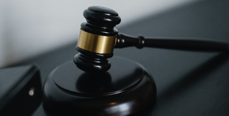 Hak Asasi Hukum Legal Equality Rights - Jenis Hak Asasi Manusia Beserta Contohnya